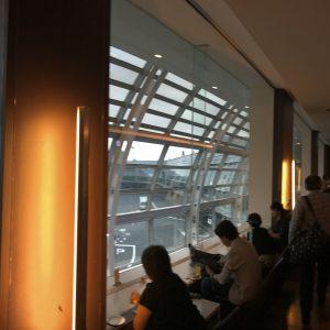 01【ANA51】羽田空港第二ターミナルから新千歳空港に行く方法【ラウンジでくつろいでから】