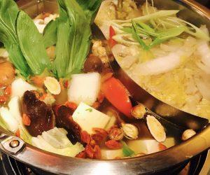 【台北】酸っぱい白菜鍋を食べる【酸菜白肉火鍋】